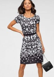 Kleid Mit Kurzarm