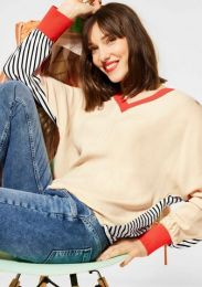 Stripe Mix V-Neck Shirt